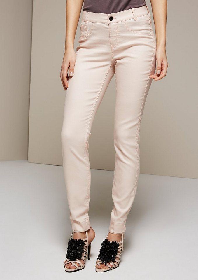 COMMA Leichte Jeans mit tollen Detailarbeiten in powder