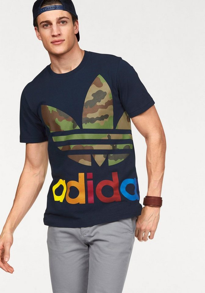 adidas Originals T-Shirt in marine