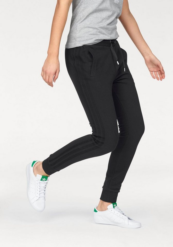 adidas Originals Jogginghose in schwarz