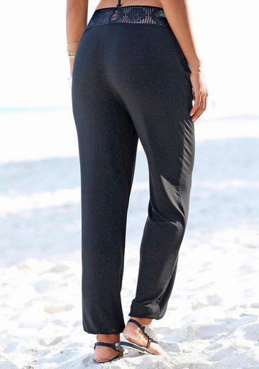 LASCANA Strandhose mit Häkelbund