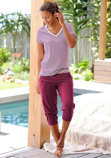 H.I.S Capri-Pyjama mit geringeltem T-Shirt und legerer Hose