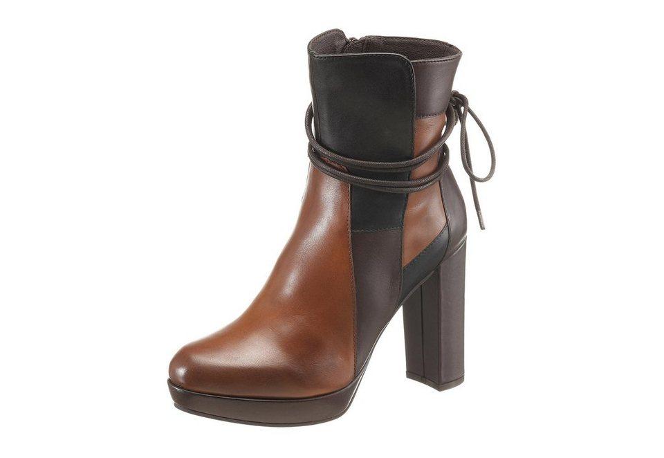 Spm High-Heel-Stiefelette im Seventies-Look in cognac-dunkelbraun