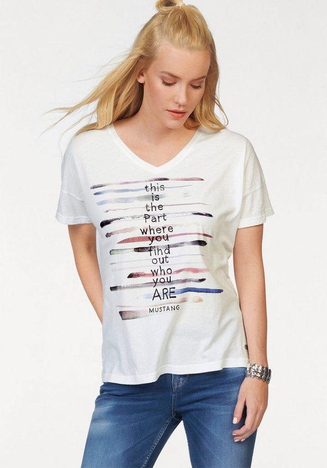 Mustang T-Shirt »V Neck T« V-Ausschnitt in offwhite