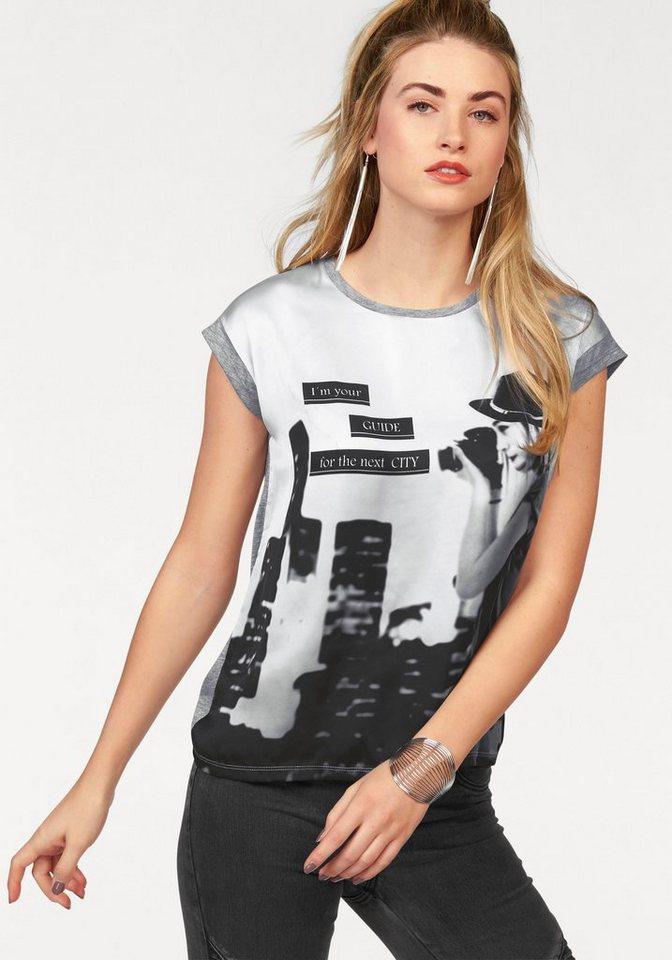 AJC T-Shirt mit großem Foto-Druck in grau-weiß