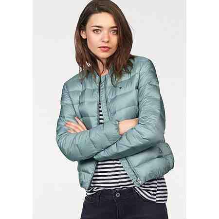 Hier finden Sie Damen Jacken in den angesagtesten Designs und Styles. Greifen Sie zu!