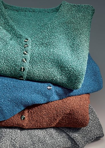 Classic Basics V-Pullover mit kleiner Knopfleiste und Seitenschlitzen