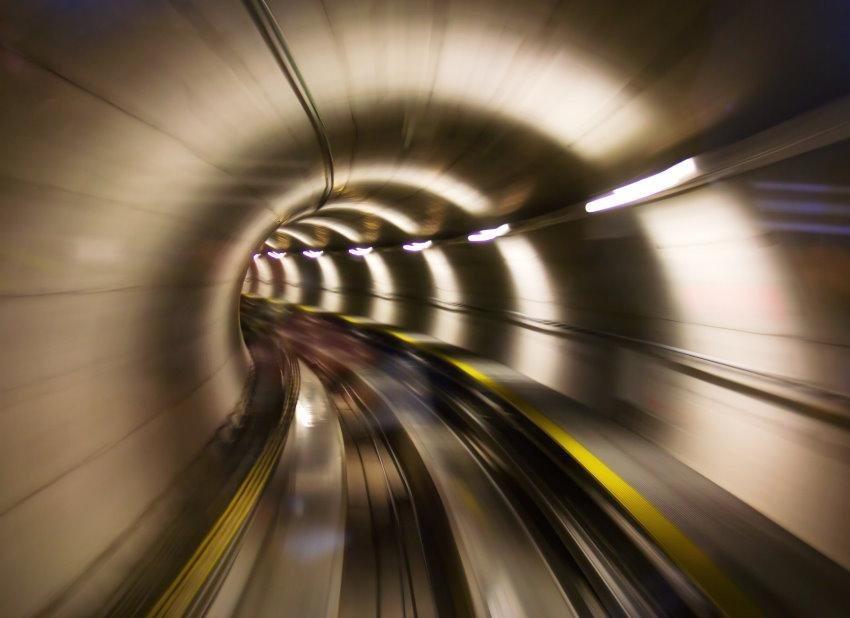Home affaire Fototapete »Underground Tunnel «, 350/260 cm in beige/grau