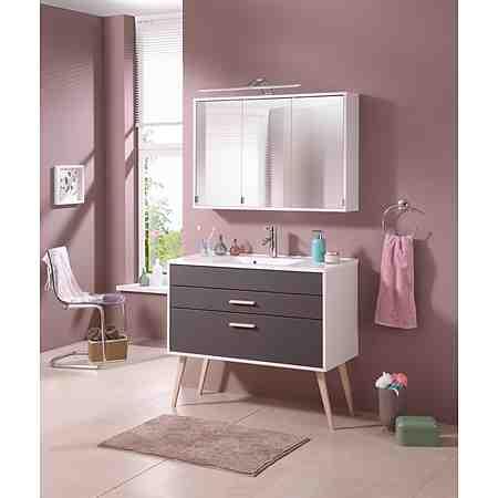 Badmöbel, Badarmaturen oder Badheizungen in tollem Design und praktischen Ausführungen. Zaubern Sie sich Ihre Wohlfühl-Oase und lassen Sie in Ihrem Badezimmer die Seele baumeln.