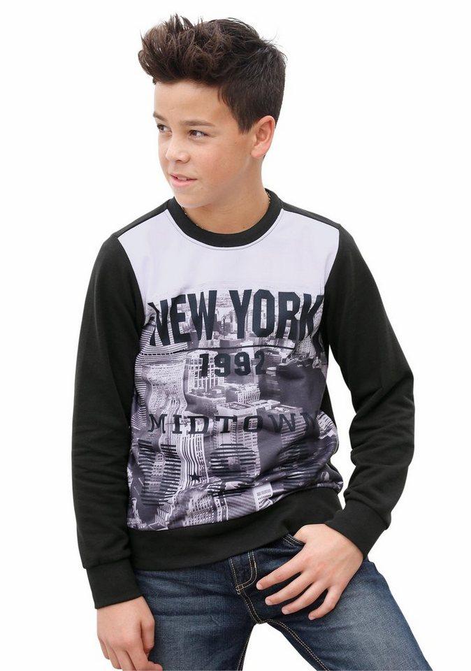 "Buffalo Sweatshirt ""NEW YORK"" in schwarz"