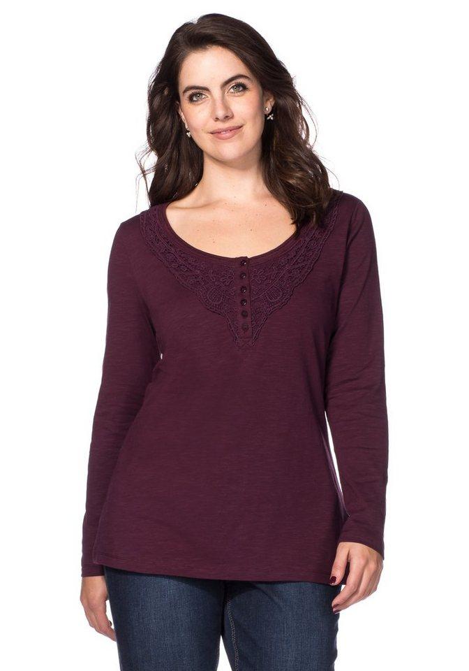 sheego Style Langarmshirt mit Spitzenapplikation in aubergine
