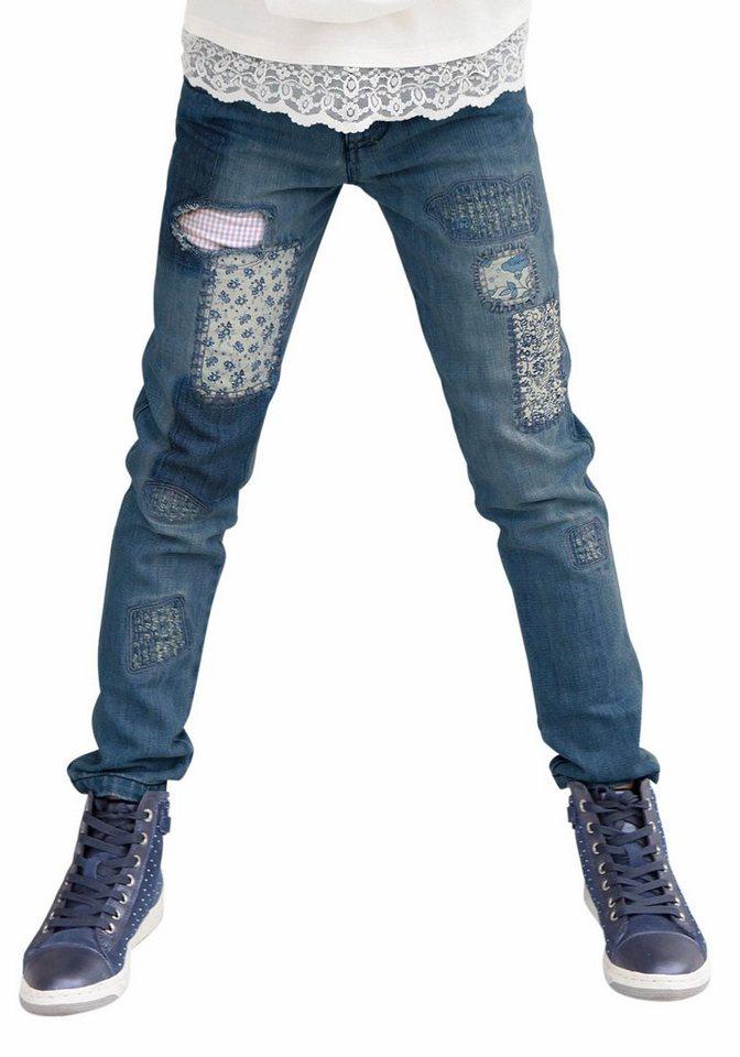 KIDSWORLD Jeans Skinny mit aufwendig applizierten Stoffpatches, für Mädchen in blue denim