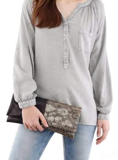 Melrose Clutch, With Reptile Embossing In Metallic Optics