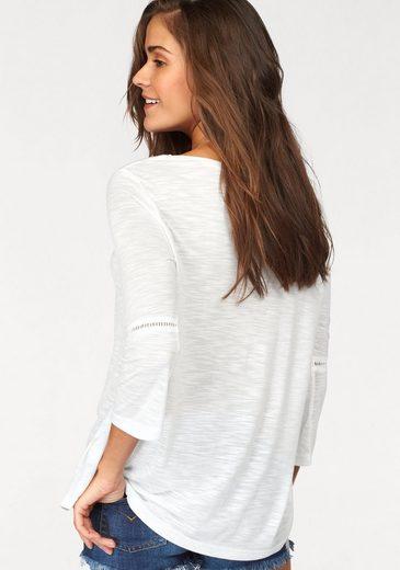 LASCANA Shirt mit Häkeleinsätzen an den Ärmeln