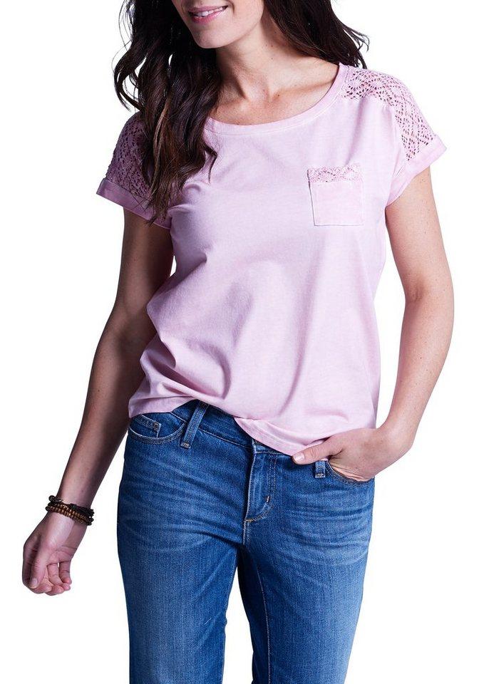 Eddie Bauer T-Shirt mit Häkelspitze in Helles Rosé