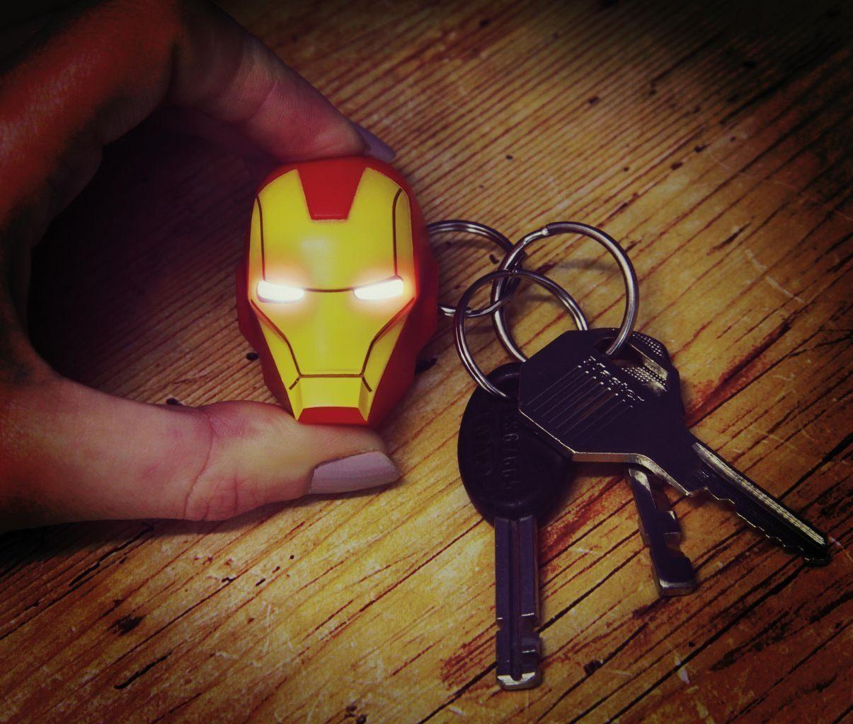 Paladone Fanartikel »Iron Man Schlüsselanhänger mit Taschenlampe«