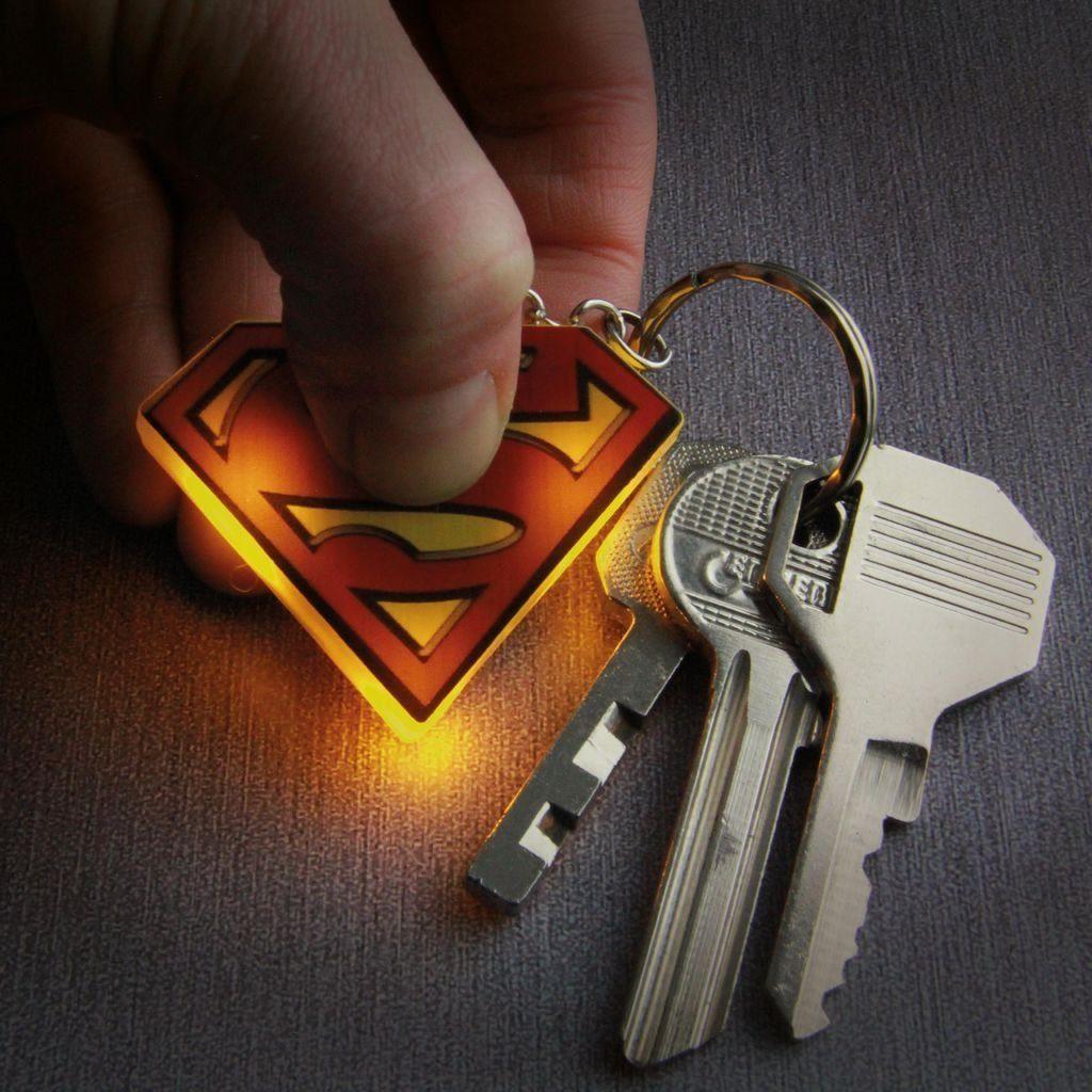 Paladone Fanartikel »Superman Schlüsselanhänger mit Taschenlampe«