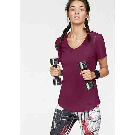 Sport-T-Shirts für Ihr Fitness-Training finden Sie in unseren Shops.