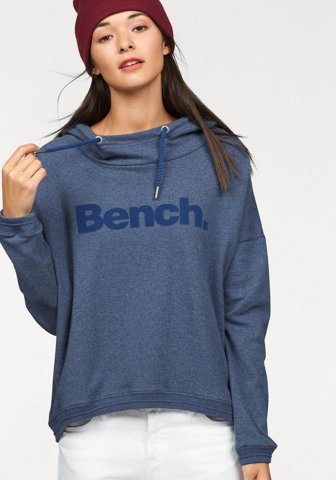 Bench Sweatshirt in blau