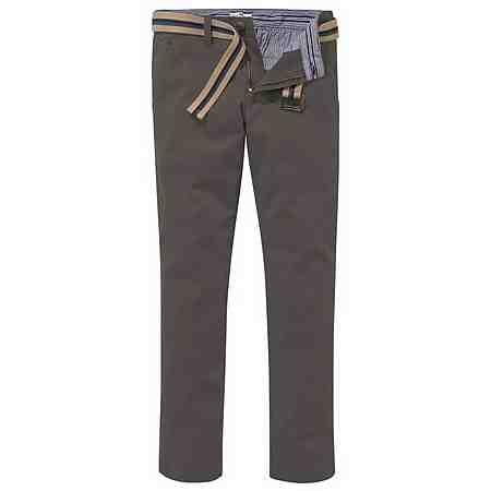 Für jeden Tag und jeden Anlass perfekt gekleidet. Entdecken Sie jetzt unsere Hosen-Auswahl!