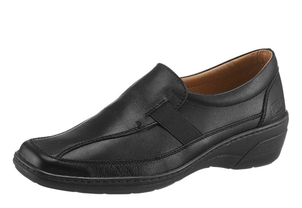 SoftWalk Slipper mit karree-förmiger Spitze in schwarz