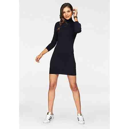 Immer ein Blickfang: Entdecken Sie сейчас die Damen-Partymode! Heiße Outfits zum Mitfeiern...