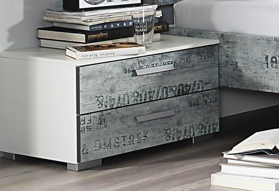rauch Nachttisch in weiß mit grauem Vintage-Dekor