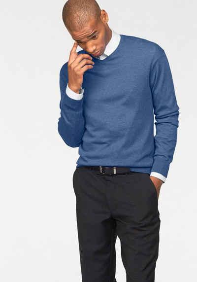 Пуловер с V-вырезом Class International