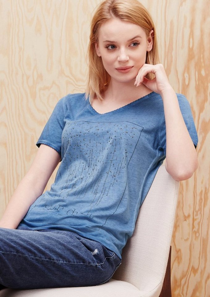 s.Oliver RED LABEL Pigment Dye-Shirt mit Studs in imperial blue placed
