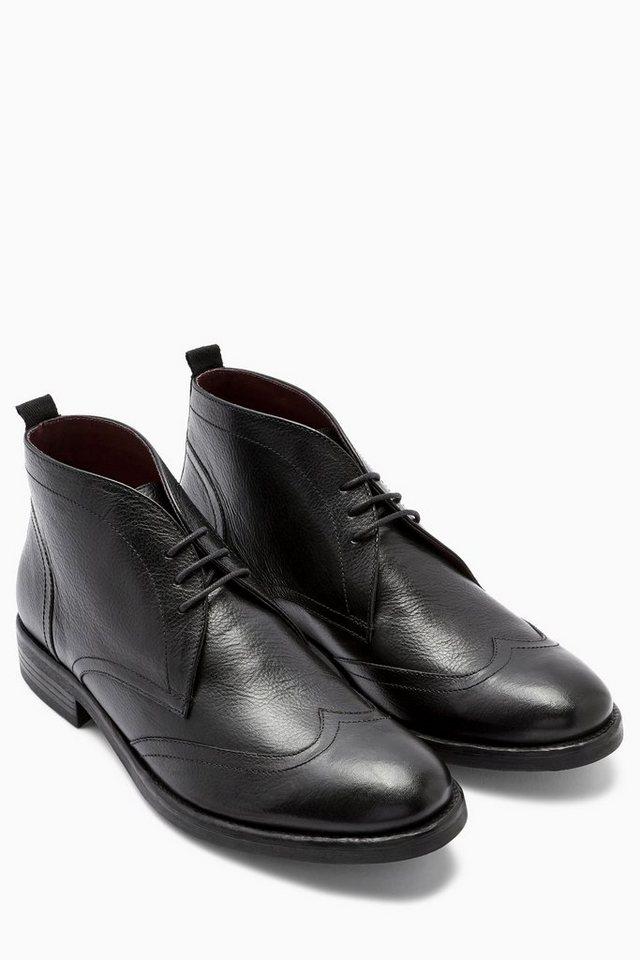 Next Strukturierter Stiefel mit Flügelkappe in Schwarz