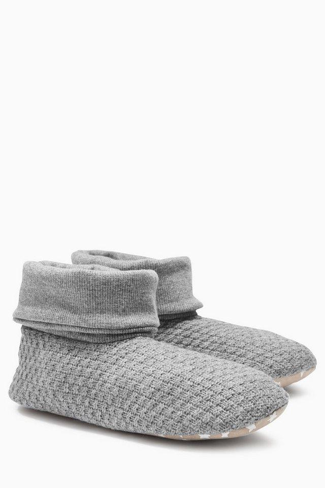 Next Hausschuhe in Stiefelform aus Strickteil und Jersey in Grau