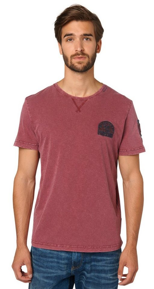 TOM TAILOR T-Shirt »T-Shirt mit Badges im Used-Look« in tile red