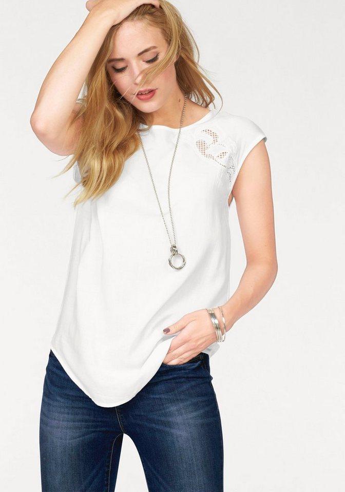 Vero Moda Shirtbluse »GAIA« mit Lochstickerei in weiß