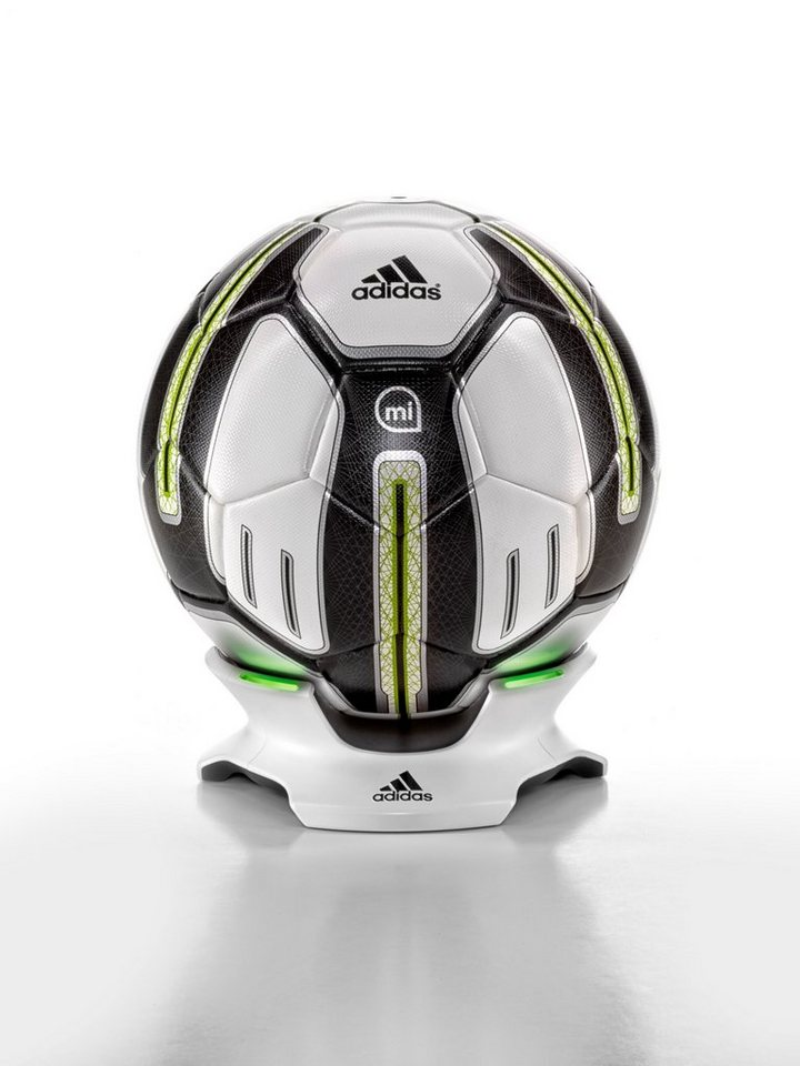 adidas Performance Fußball »miCoach Smart Ball« in football design