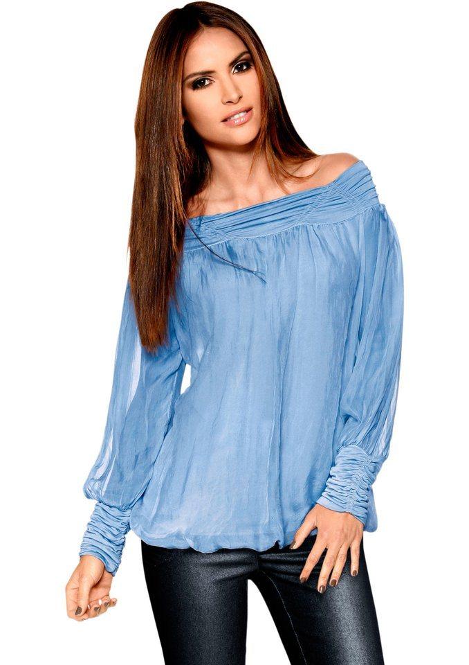 Création L Bluse mit großzügig gesmoktem Ausschnitt in hellblau