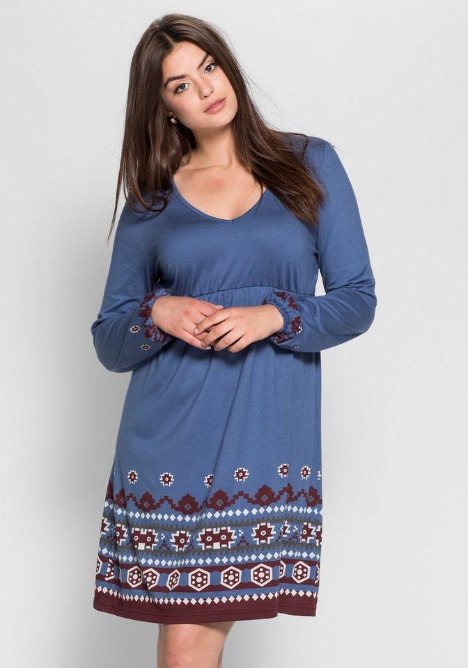 sheego Trend Jerseykleid mit Bordürendruck in rauchblau bedruckt