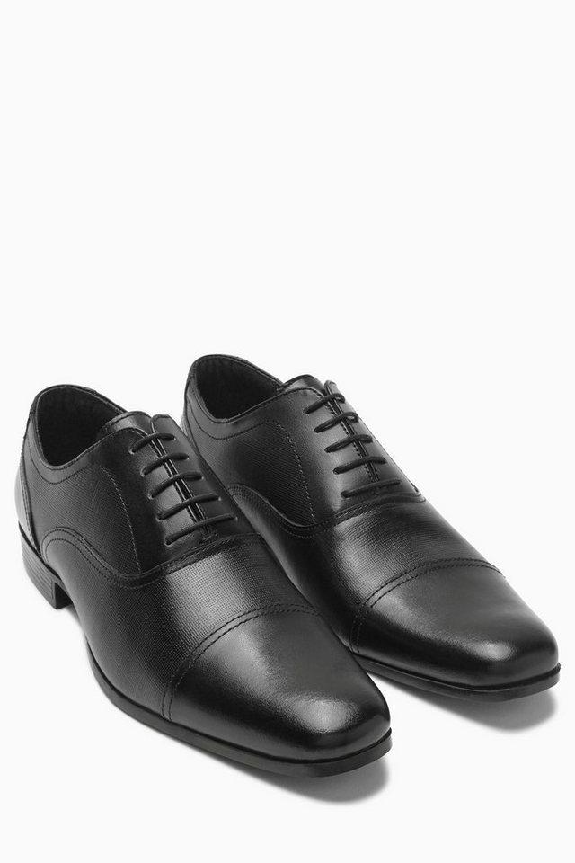 Next Strukturierter Schnürschuh mit Zehenkappe in Black