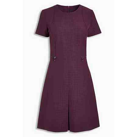 Next Business-Kleid mit Prägedetails