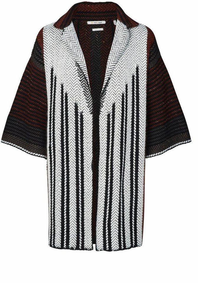 Rich & Royal Strickjacke im Kimono-Stil mit schönem Muster und Glitzerfäden in schwarz-weiß-weinrot-gemustert