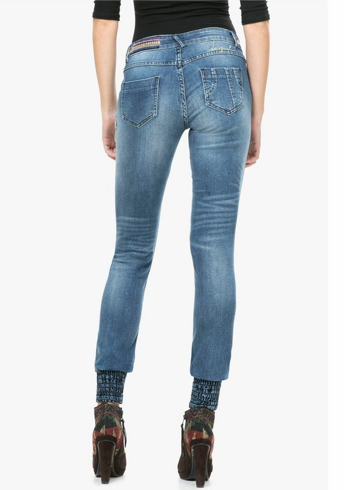 Desigual 5-Pocket-Jeans »Broke« mit Smokbündchen am Bein in blue-used