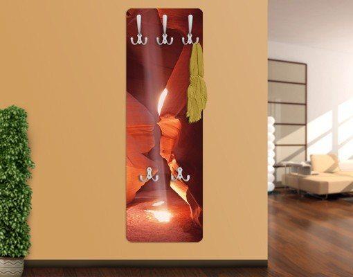 Bilderwelten Wandgarderobe 139x46x2cm »Lichtschacht im Antelope Canyon« in Rot