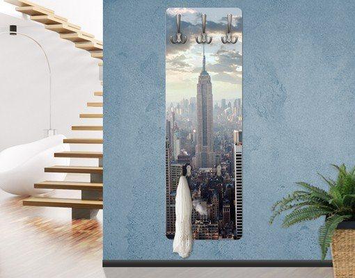 Bilderwelten Wandgarderobe 139x46x2cm »Sonnenaufgang in New York« in Farbig