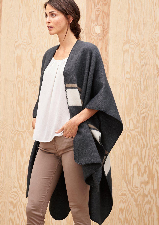 s.Oliver PREMIUM Blanket-Poncho in Oversize