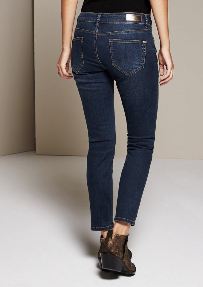 COMMA Lässige Jeans im Used-Look in blue denim stretch
