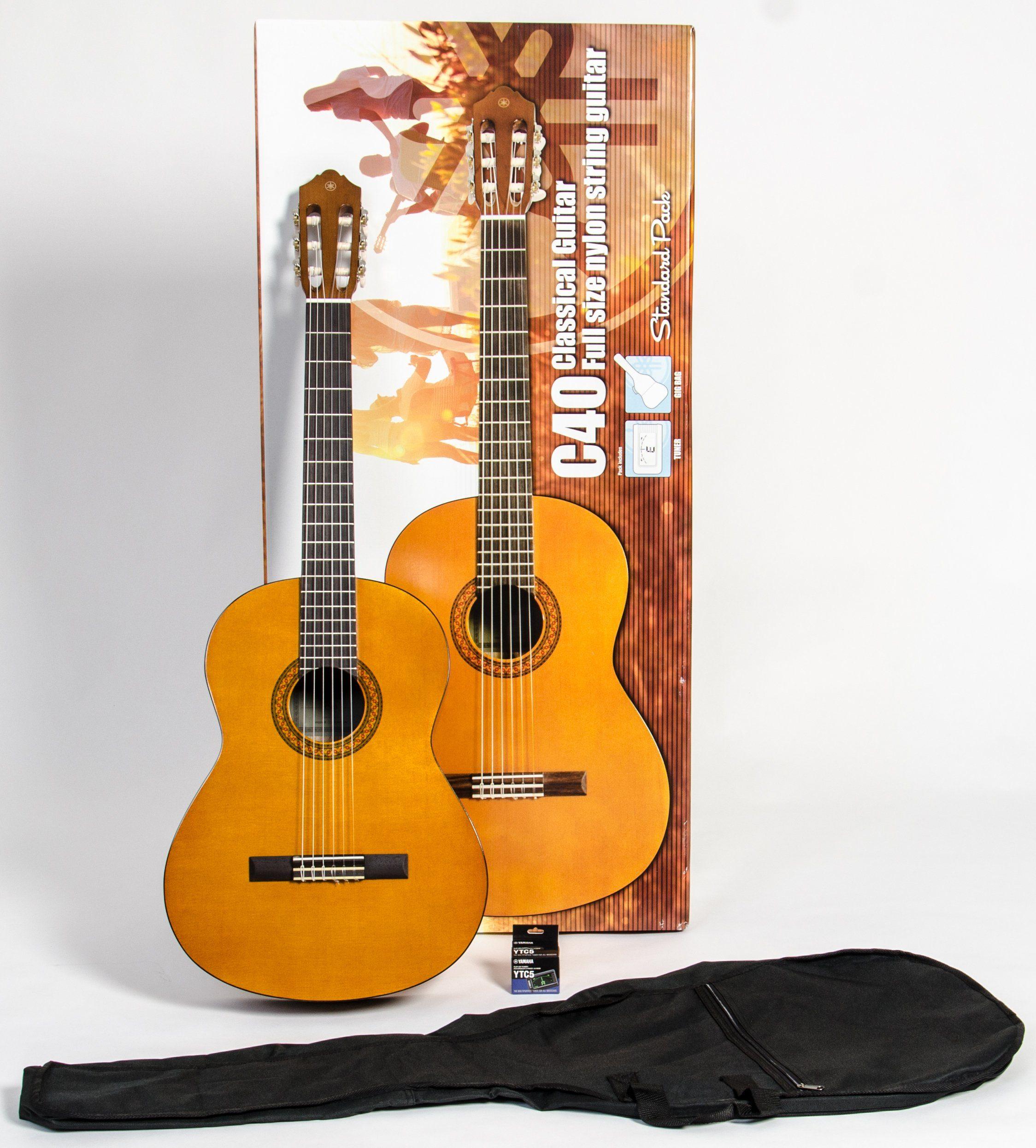 Yamaha Set Konzertgitarre mit Stimmgerät und Tasche, »C40 Standard 4/4«