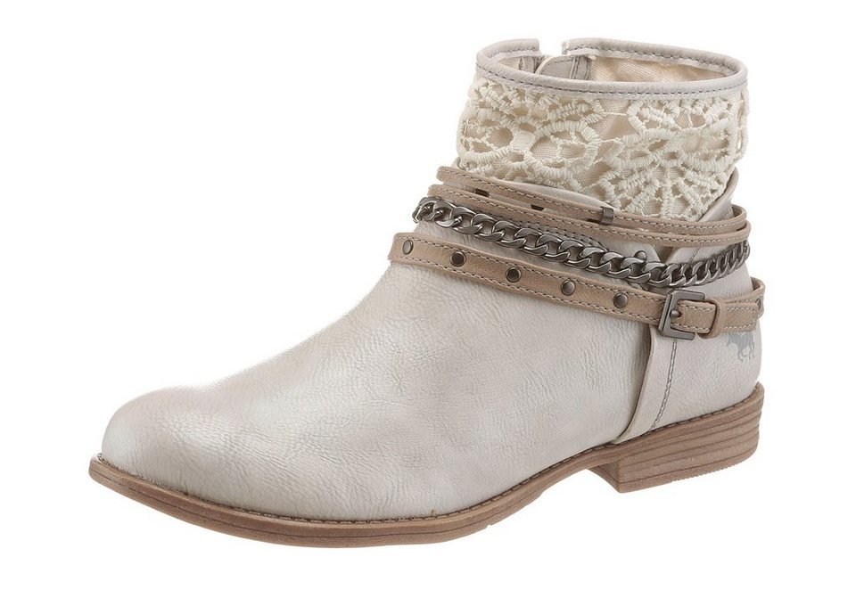 Mustang Shoes Sommerboots im Boho-Style in offwhite