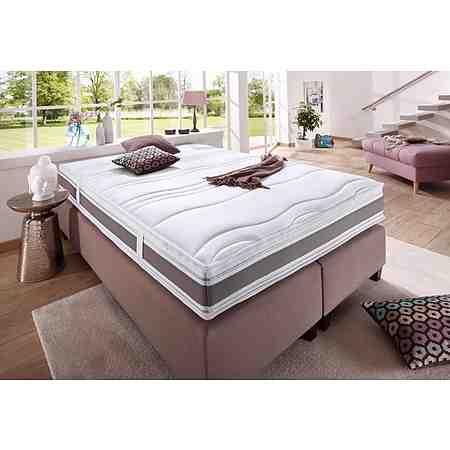 Für einen gesunden Schlaf: Matratzen und Lattenroste für jeden Anspruch ebenso wie warme oder dünne Bettdecken für jede Jahreszeit und jede Anforderung von F.A.N.!