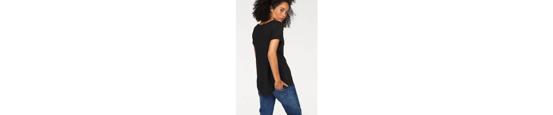 Pepe Jeans T-Shirt Lourdes, mit Ton in Ton Pailettenapplikation