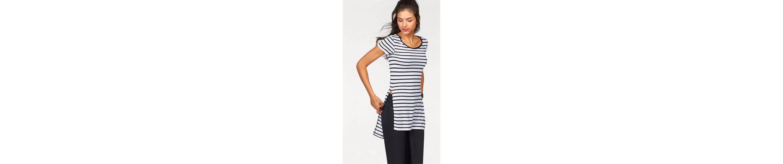 AJC Longshirt, mit seitlichen Schlitzen im Vokuhila Look