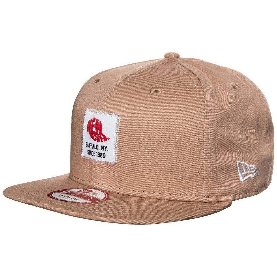 New Era 9FIFTY Patch Snapback Cap in hellbraun