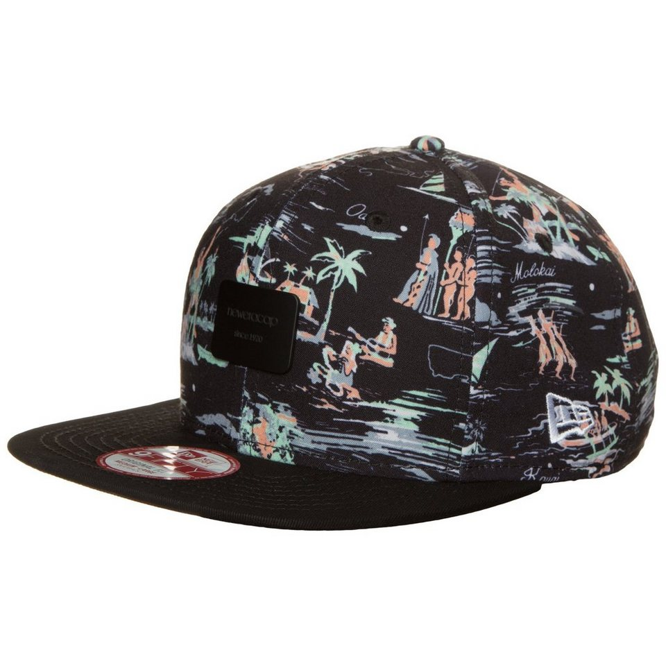 New Era 9FIFTY Offshore Crown Patch Snapback Cap in schwarz / bunt